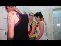 Lesbensex in der Halbzeitpause