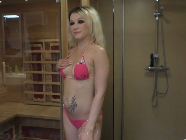 Squriting in der Sauna