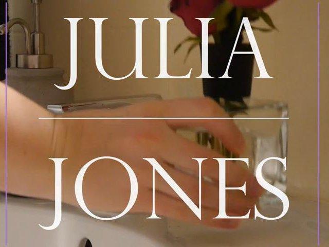 Ms. Jones – Die unartige Haushälterin