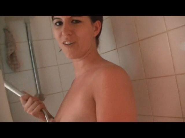 In der Dusche erwischt und Gefickt