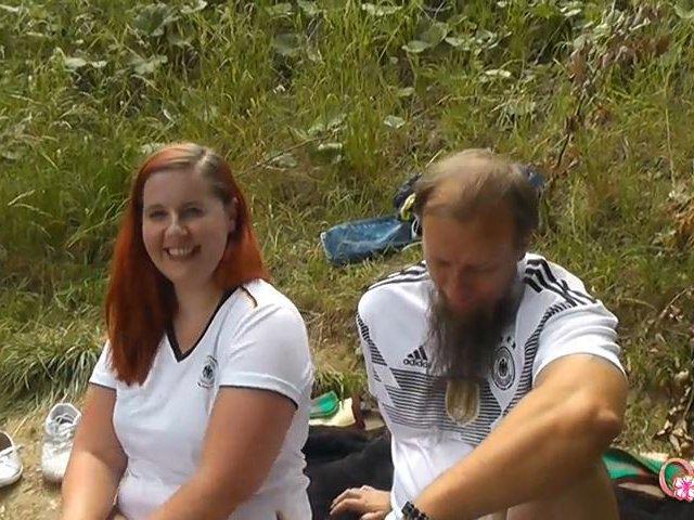 Trostfick für Fussballfan! Outdoorfick für Maiki