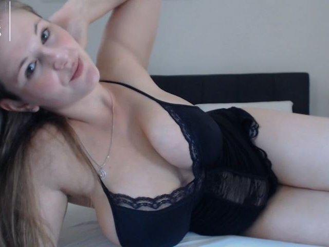 Sexy Telesex –Titten und ins Gesicht spritzen
